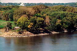 September 21, 2001: Plum Island in the Illinois River at Starved Rock State Park near Utica Illinois..This image was scanned from a print.  Image quality may vary.  Dust and other unwanted artifacts may exist.