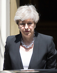 2017-06-19 PM Theresa May leaves Downing Street to visit Finsbury Park attack scene