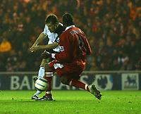 Fotball<br /> England 2004/2005<br /> Foto: SBI/Digitalsport<br /> NORWAY ONLY<br /> <br /> Middlesbrough v Fulham, Barclays Premiership, Riverside Stadium, Middlesbrough 19/04/2005.<br /> <br /> Fulham's David McBride (L) scores his team's first goal.
