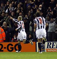 Photo: Mark Stephenson/Sportsbeat Images.<br /> West Bromwich Albion v Bristol City. Coca Cola Championship. 26/12/2007.West Brom's Kevin Philiips (L) celebrates his goal