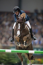 Veniss Pedro, (BRA), Quabri de L Isle<br /> Grand Prix Rolex<br /> CHI de Genève 2016<br /> © Hippo Foto - Dirk Caremans<br /> 11/12/2016er