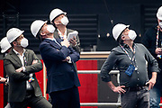 ROTTERDAM, 21-04-2021, Ahoy<br /> <br /> Koning Willem Alexander tijdens een werkbezoek aan het Songfestival in Rotterdam Ahoy. Na ontvangst is er een gesprek met een aantal betrokkenen waarna ze een ronde gaan lopen door de Arena.FOTO: Brunopress/Patrick van Emst