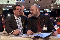 21 MAR 2004, BERLIN/GERMANY:<br /> Konrad Freiberg (L), Vorsitzender Gewerkschaft der Polizei, GdP, und Franz-Josef Moellenberg (R), 1. Vorsitzender Gewerkschaft Nahrung-Genuss-Gaststaetten, NGG, im Gespraech, außerordentlicher SPD-Bundesparteitag, Estrel Convention Center<br /> IMAGE: 20040321-01-001<br /> KEYWORDS: Parteitag, party congress, Franz-Josef Möllenberg
