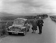 01/02/1957<br /> 02/01/1957<br /> 01 February 1957<br /> A view of the landscape between Macroom and Killarney.