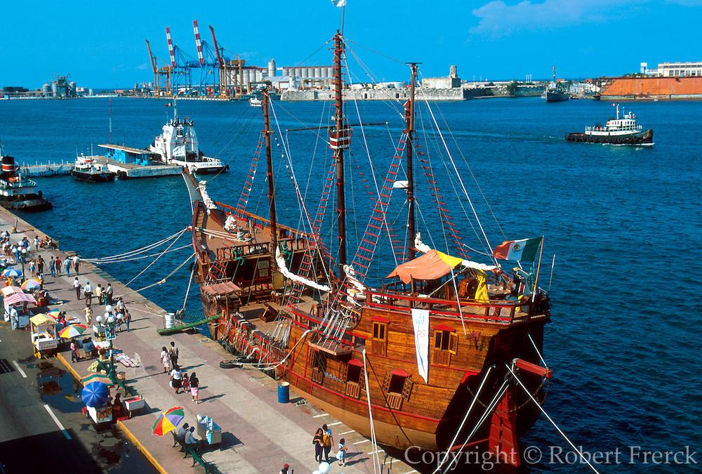MEXICO, VERACRUZ HARBOR 16thc galleon, San Juan de Ulua beyond
