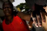 Belo Horizonte_MG, Brasil...Detalhe das unhas de uma catadora de papel...Detail of the paper collector nail...FOTOS: BRUNO MAGALHAES / NITRO