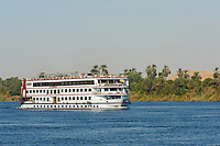 Egypte, Haute Egypte, croisiere sur le Nil entre Louxor et Assouan, bateau de croisiere // Egypt, cruise on the Nile river between Luxor and Aswan, cruise boat