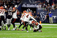 Cincinnati Bengals kicker Randy Bullock (4) misses a field as time expires in an NFL football game against the Houston Texans Saturday, Dec. 24, 2016, in Houston. The Texans won 12-10. (AP Photo/Sam Craft)