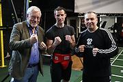 """Boxen: Boxen im Norden, Hamburg, 15.03.2021<br /> v.l.: Promoter Thomas Nissen, Alexander """"Alex"""" Pavlov und Trainer Victor Hermann<br /> © Torsten Helmke"""