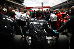May 13, 2018 - Barcelona, Catalonia, Spain - May 13th, 2018 - Circuit de Barcelona-Catalunya, Montmelo, Spain - Race of Formula One Spanish GP 2018; Mechanics push the car of Lewis Hamilton of Mercedes-AMG-Petronas Formula One Team. (Credit Image: © Eric Alonso via ZUMA Wire)