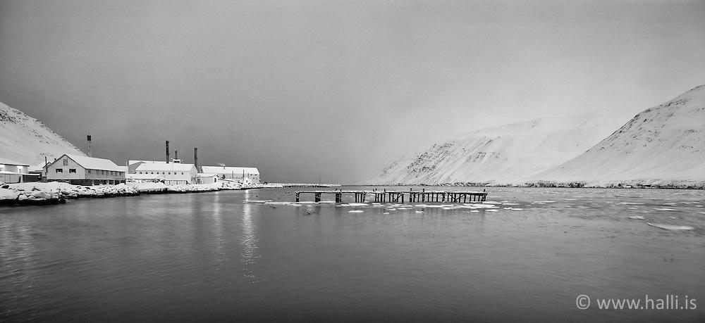Small town Siglufjordur, north of Iceland at winter - Siglufjörður að vetri