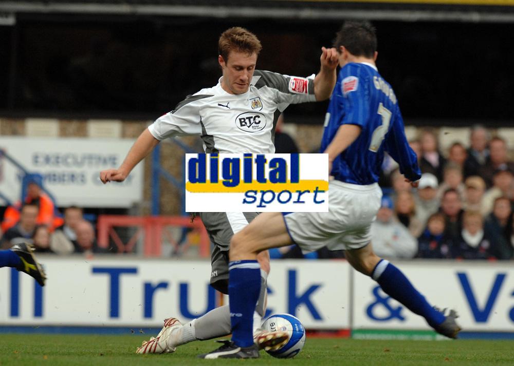 Photo: Ashley Pickering/Sportsbeat Images.<br /> Ipswich Town v Bristol City. Coca Cola Championship. 10/11/2007.<br /> David Noble of Bristol (L) tries to get around Owen Garvan of Ipswich