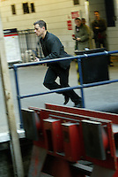 "MATT DAMON  ON SET SHOOTING ""THE BOURNE ULTIMATUM"" AT LONDONS WATERLOO STATION  http://www.youtube.com/watch?v=DUd5RPVDjPY"