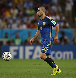 13.07.2014, Maracana, Rio de Janeiro, BRA, FIFA WM, Deutschland vs Argentinien, Finale, im Bild Javier Mascherano (ARG) // during Final match between Germany and Argentina of the FIFA Worldcup Brazil 2014 at the Maracana in Rio de Janeiro, Brazil on 2014/07/13. EXPA Pictures © 2014, PhotoCredit: EXPA/ Eibner-Pressefoto/ Cezaro<br /> <br /> *****ATTENTION - OUT of GER*****