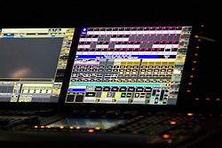 18.10.2014, Rothaus Arena, Freiburg, GER, James Blunt, Tour Moon Landing 2014, im Bild James Blunt, Mischpult, Mixer, DJ, Featurebild, Symbolbild // during a Concert from the Moon Landing Tour at the Rothaus Arena in Freiburg, Germany on 2014/10/18. EXPA Pictures © 2014, PhotoCredit: EXPA/ Eibner-Pressefoto/ Fleig<br /> <br /> *****ATTENTION - OUT of GER*****