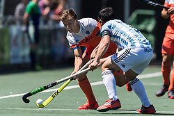 (L-R) Thijs van Dam of The Netherlands, Pedro Ibarra of Argentina during the Champions Trophy finale between the Netherlands and Argentina on the fields of BH&BC Breda on Juli 1, 2018 in Breda, the Netherlands.