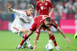 24.09.2011, Allianz Arena, Muenchen, GER, 1.FBL,  FC Bayern vs Bayer 04 Leverkusen, im Bild Lars Bender (Leverkusen #8) im kampf mit Franck Ribery (Bayern #7)  // during the  FC Bayern vs Bayer 04 Leverkusen, on 2011/09/24, Allianz Arena, Munich, Germany, EXPA Pictures © 2011, PhotoCredit: EXPA/ nph/  Straubmeier       ****** out of GER / CRO  / BEL ******