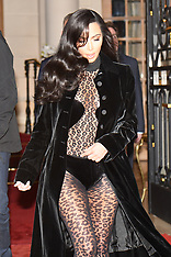 PFW Kim Kardashian Leaving Her Hotel - 7 March 2019