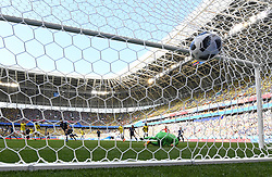SARANSK, June 19, 2018  Shinji Kagawa of Japan scores a penalty kick during a Group H match between Colombia and Japan at the 2018 FIFA World Cup in Saransk, Russia, June 19, 2018. Japan won 2-1. (Credit Image: © He Canling/Xinhua via ZUMA Wire)