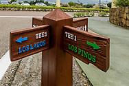 22-10-2018 Almenara Golf Club in Sotogrande, Cádiz, ontworpen door Dave Thomas.<br /> ALMENARA: veel bordjes wat de drie lussen liggen flink verspreid op het grote terrein