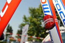09.07.2011, AUT, 63. OESTERREICH RUNDFAHRT, 9. ETAPPE, EZF PODERSDORF, im Bild ein Feature mit einem Transponder, der am Rad vom Thomas Rohregger, (AUT, Leopard Trek) nicht montiert war // during the 63rd Tour of Austria, Stage 7, 2011/07/09, EXPA Pictures © 2011, PhotoCredit: EXPA/ S. Zangrando