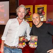 NLD/Hilversum/20160730 - Boekpresentatie Menthal Theo, Theo en auteur Vincent de Vries