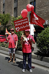 June 18, 2017 - Madrid, Spain - The demonstration for the ''Yes to Life'' brings together hundreds of protesters in the center of Madrid on the banners Right to Live: Yes to life, Yes to women, No to abortion. June 18, 2017  (Credit Image: © Oscar Gonzalez/NurPhoto via ZUMA Press)