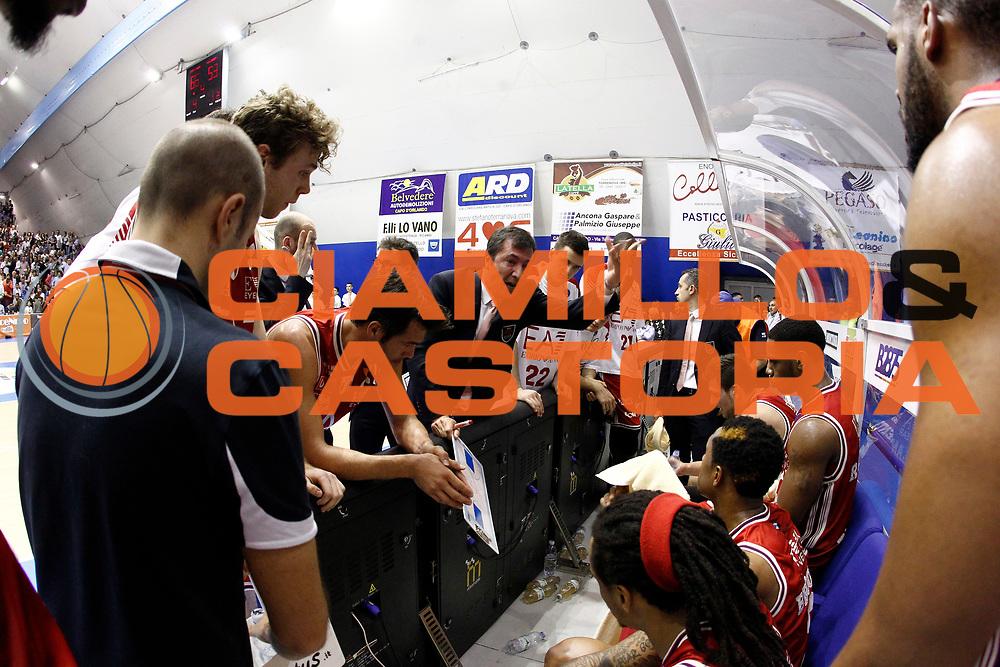 DESCRIZIONE : Capo dOrlando Lega A 2014-15 Orlandina Basket Olimpia Emporio Armani EA7 Milano<br /> GIOCATORE : Luca Banchi Time Out Milano<br /> CATEGORIA : Time Out Head Coach<br /> SQUADRA : Orlandina Basket EA7 Emporio Armani Olimpia Milano<br /> EVENTO : Campionato Lega A 2014-2015 <br /> GARA : Orlandina Basket EA7 Emporio Armani Olimpia Milano<br /> DATA : 19/04/2015<br /> SPORT : Pallacanestro <br /> AUTORE : Agenzia Ciamillo-Castoria/G.Pappalardo<br /> Galleria : Lega Basket A 2014-2015<br /> Fotonotizia : Capo dOrlando Lega A 2014-15 Orlandina Basket EA7 Emporio Armani Olimpia Milano