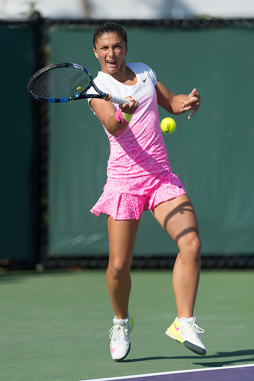 KEY BISCAYNE, FL - March 30: Sara Errani (ITA) in action here loses to Sabina Lisicki (GER) 16 26 at the 2015 Miami Open at the Crandon Tennis Center in Key Biscayne Florida.  Photographer Andrew Patron - CameraSport/BigShots<br /> <br /> Tennis - 2015 Miami Open presented by Itau - Crandon Park Tennis Center - Key Biscayne, Florida - USA - Day 8, Monday 30th March 2015<br /> <br /> © CameraSport - 43 Linden Ave. Countesthorpe. Leicester. England. LE8 5PG - Tel: +44 (0) 116 277 4147 - admin@camerasport.com - www.camerasport.com