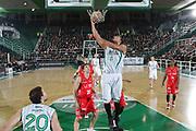 DESCRIZIONE : Teramo Lega A 2009-10 Banca Tercas Teramo Air Avellino<br /> GIOCATORE : Chevon Troutman<br /> SQUADRA : Air Avellino<br /> EVENTO : Campionato Lega A 2009-2010<br /> GARA : Banca Tercas Teramo Air Avellino<br /> DATA : 06/12/2009<br /> CATEGORIA : Rimbalzo<br /> SPORT : Pallacanestro<br /> AUTORE : Agenzia Ciamillo-Castoria/M.Carrelli<br /> Galleria : Lega Basket A 2009-2010 <br /> Fotonotizia : Teramo Campionato Italiano Lega A 2009-2010 Banca Tercas Teramo Air Avellino<br /> Predefinita :