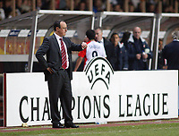 23/11/2004 - UEFA Champions League - Group A - AS Monaco v Liverpool  - Stade Louis II, Monte Carlo<br />Liverpool coach Rafael Benitez checks his watch during the game<br />Photo:Jed Leicester/Back Page Images