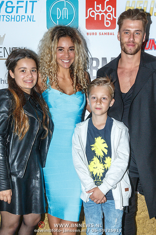 NLD/Amsterdam/20150603 - Start nieuwe website MKBM van Fajah Lourens, met kinderen Irem en Shai en partner Gijs Scheeringa