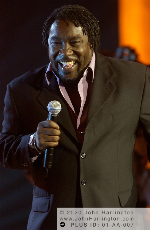 Eddie Levert performs at BET's 9th annual Walk of Fame honoring Aretha Franklin on Saturday October 18, 2003.