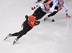 PYEONGCHANG, Feb. 22, 2018  Wu Dajing (L) of China competes during men's 500m final of short track speed skating at the 2018 PyeongChang Winter Olympic Games at Gangneung Ice Arena, Gangneung, South Korea, Feb. 22, 2018. Wu Dajing claimed gold medal in a time of 0:39.584 and set new world record. (Credit Image: © Wang Haofei/Xinhua via ZUMA Wire)