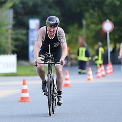 Glücksburg, 02.08.15, Sport, Triathlon, 14. OstseeMan, 2015 : Lasse Esbjerg (DEN, Team STK90, #656)<br /> <br /> Foto © P-I-X.org *** Foto ist honorarpflichtig! *** Auf Anfrage in hoeherer Qualitaet/Aufloesung. Belegexemplar erbeten. Veroeffentlichung ausschliesslich fuer journalistisch-publizistische Zwecke. For editorial use only.