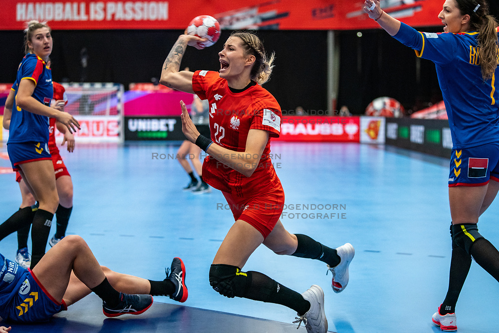 / during the Women's EHF Euro 2020 match between Poland and Romania at Sydbank Arena on december 05, 2020 in Kolding, Denmark (Photo by RHF Agency/Ronald Hoogendoorn)