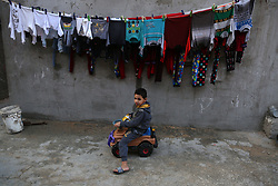 January 2, 2018 - Gaza, Palestinian Territories, Palestine - Palestinian children play outside his family house in the streets of al-Shati refugee camp in the northern Gaza City,on January 2, 2018. (Credit Image: © Majdi Fathi/NurPhoto via ZUMA Press)