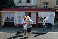 21.06.2019 Magdeburg, Rathhaus Platz, Wochenmarkt.<br /> <br /> md2025.de<br /> offizielles Bild im 1. Bid-Book<br /> Bewerbung Magdeburgs zur Kulturhauptstadt 2025<br /> <br /> © Harald Krieg/Agentur Focus