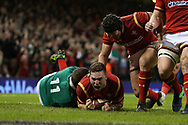 George North of Wales © scores his teams 1st try. RBS Six Nations 2017 international rugby, Wales v Ireland at the Principality Stadium in Cardiff , South Wales on Friday 10th March 2017.  pic by Andrew Orchard, Andrew Orchard sports photography