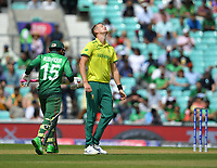 Cricket - 2019 ICC Cricket World Cup - Group Stage: South Africa vs. Bangladesh<br /> <br /> South Africa's Chris Morris frustrated as Bangladesh's Mushfiqur Rahim punishes a poor ball, at The Kia Oval.<br /> <br /> COLORSPORT/ASHLEY WESTERN