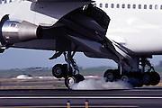 Boeing 747 touchdown