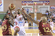DESCRIZIONE : Milano Lega A 2013-14 Cimberio Varese vs Umana Reyer Venezia <br /> GIOCATORE : Coleman Aubrey<br /> CATEGORIA : Tiro<br /> SQUADRA : Cimberio Varese<br /> EVENTO : Campionato Lega A 2013-2014<br /> GARA : Cimberio Varese vs Umana Reyer Venezia<br /> DATA : 27/10/2013<br /> SPORT : Pallacanestro <br /> AUTORE : Agenzia Ciamillo-Castoria/I.Mancini<br /> Galleria : Lega Basket A 2013-2014  <br /> Fotonotizia : Milano Lega A 2013-14 EA7 Cimberio Varese vs Umana Reyer Venezia<br /> Predefinita :