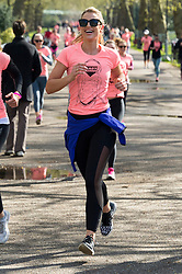© Licensed to London News Pictures. 23/04/2016. VOGUE WILLIAMS takes part in the inagural Lady Garden 5km Run.  London, UK. Photo credit: Ray Tang/LNP