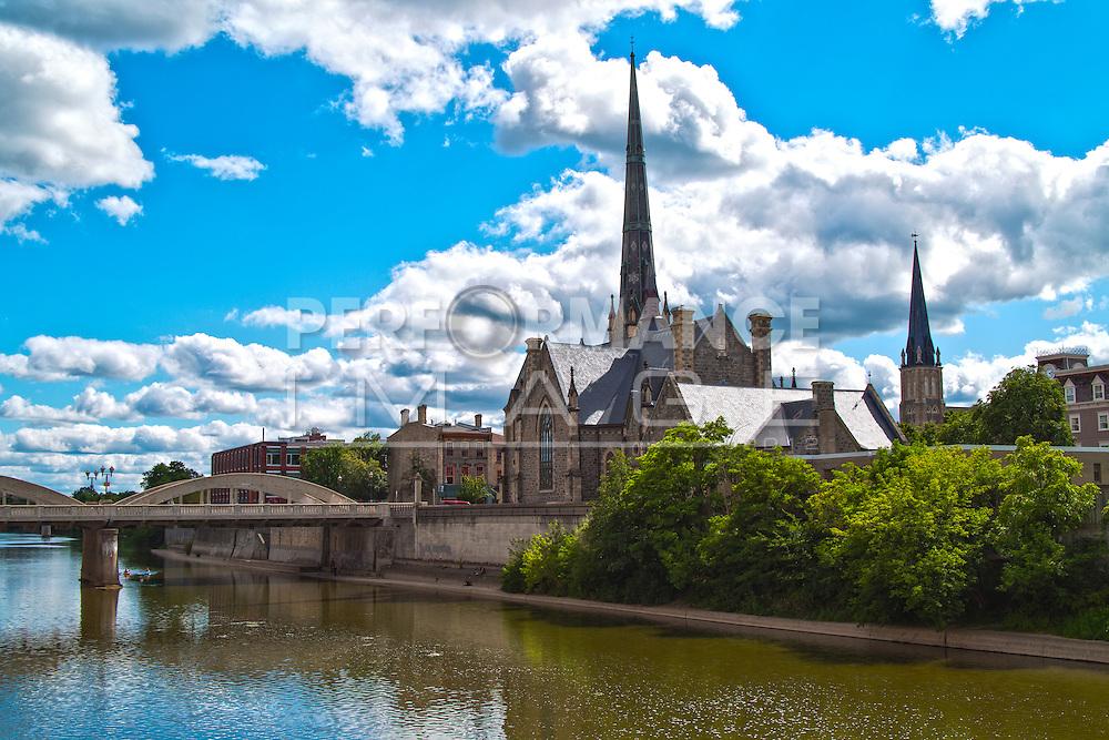 Skyline Cambridge (Galt) ON Canada