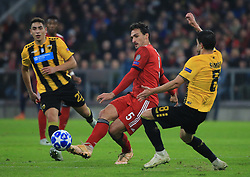 07.11.2018, Champions League, FC Bayern vs AEK Athen, Allianz Arena  Muenchen,  Fussball, Sport, im Bild:..Ezequiel Ponce ( AEK Athen ), Mats Hummels (FCB) und Andre Simoes ( AEK Athen )...DFL REGULATIONS PROHIBIT ANY USE OF PHOTOGRAPHS AS IMAGE SEQUENCES AND / OR QUASI VIDEO...Copyright: Philippe Ruiz..Tel: 089 745 82 22.Handy: 0177 29 39 408.e-Mail: philippe_ruiz@gmx.de. (Credit Image: © Philippe Ruiz/Xinhua via ZUMA Wire)