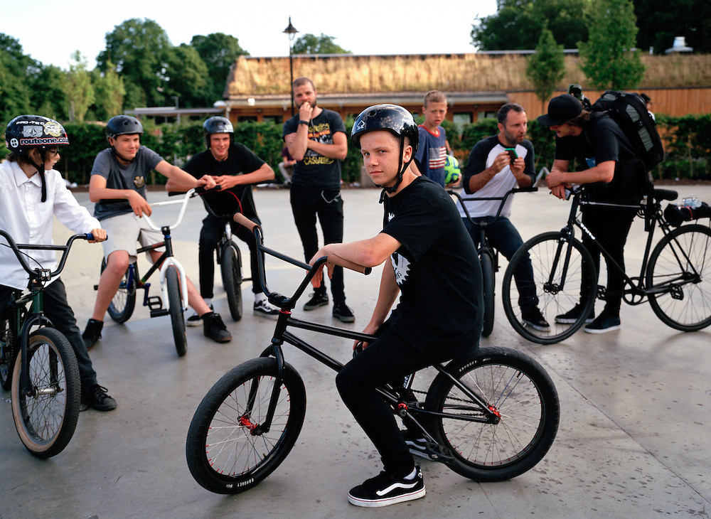 One of the best skate and BMX parks in the country was opened in summer 2013, and has been in almost constant use since. There's a selection of ramps and boxes for pretty much all abilities and styles here. The surrounding space provides an essential meeting point for enthusiasts across a broad spectrum of ages.