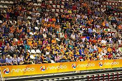 10-06-2012 VOLLEYBAL: EUROPEAN LEAGUE NEDERLAND - TSJECHIE: ALMERE<br /> Publiek fans support oranje<br /> ©2012-FotoHoogendoorn.nl / Peter Schalk