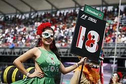 October 29, 2017 - Mexico-City, Mexico - Motorsports: FIA Formula One World Championship 2017, Grand Prix of Mexico, .grid girls  (Credit Image: © Hoch Zwei via ZUMA Wire)