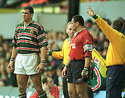 Heineken Cup Semi Final; Gloucester v Leicester Tigers..Martin Johnson and Junior Paramore are given the signal to return to the game after being sin binned..... ...........   [Mandatory Credit, Peter Spurier/ Intersport Images].