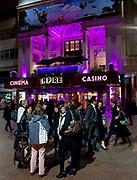 Londyn, 2009-10-23. Londyn nocą - Leicester Square